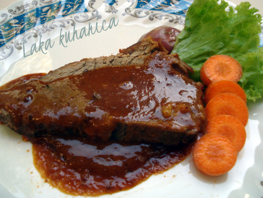 Veal with spicy peanut sauce by Laka kuharica: succulent Sunday roast with delicious sauce.
