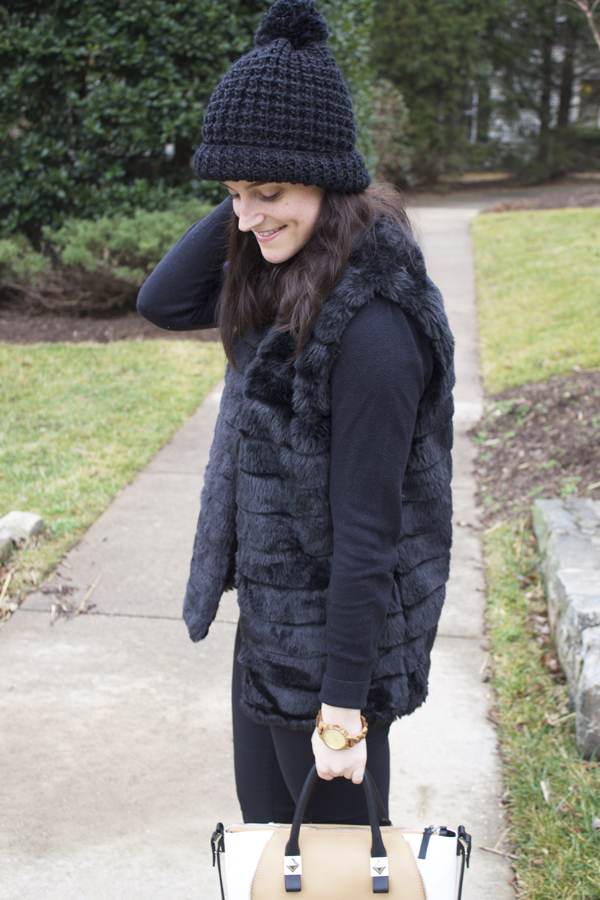 Naturally Me, What to Wear in the Winter, Winter Style, Faux Fur Vest, How to Wear a Faux Fur Vest, Black Beanie
