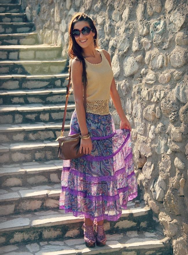 ljubicasta ciganska suknja sa printom