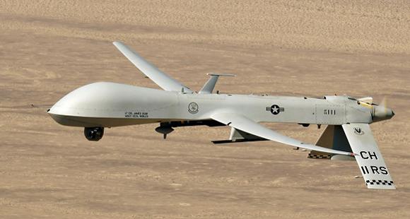 Drone Predator en vuelo