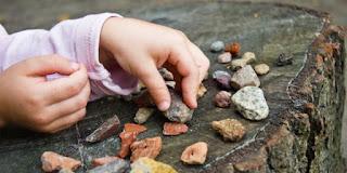 ابتلاع الحجر