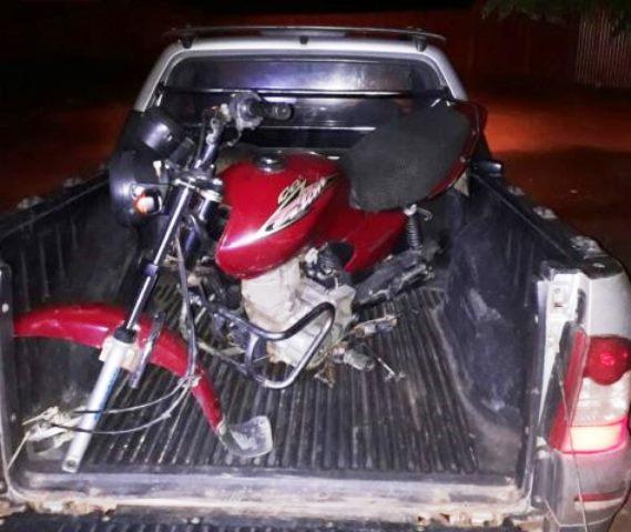 Polícia Militar recupera moto roubada em Barra da Estiva