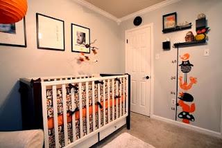 Cuarto de bebé marrón y naranja