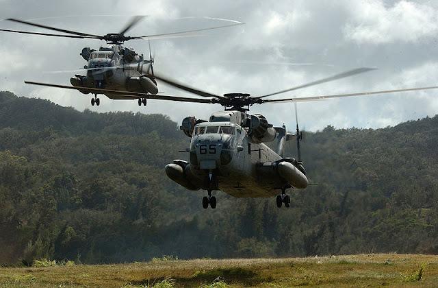 Gambar 57. Foto Helikopter Angkut Militer Sikorsky CH-53 Sea Stallion