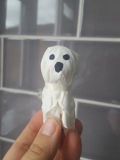 A spooky Lollipop Ghost!
