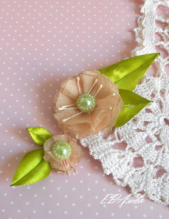 Как сделать цветочки для платья 221
