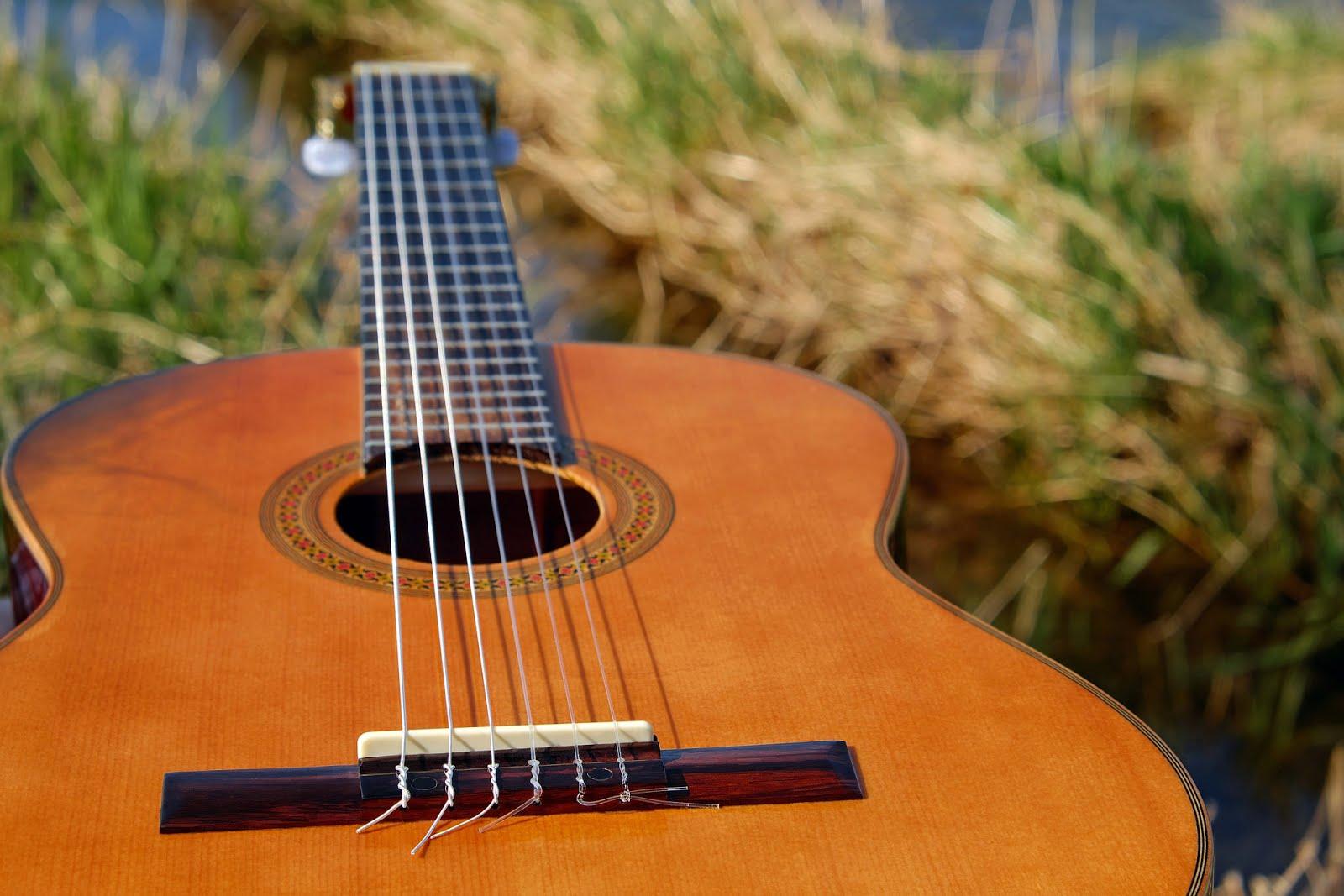 gitar, slashky gitaris, www.slashkygitaris.com, belajar gitar, tips bermain gitar, menciptakan lagu, tips membuat lagu,