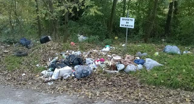 come-denunciare-i-rifiuti-abbandonati