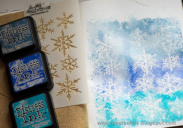 Layers of ink - Road Trip Journal Page by Anna-Karin Evaldsson with Tim Holtz Snowflake stencil