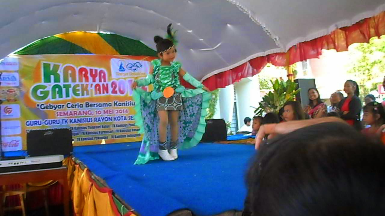 Batik Kreatif Go Green Fashion Show