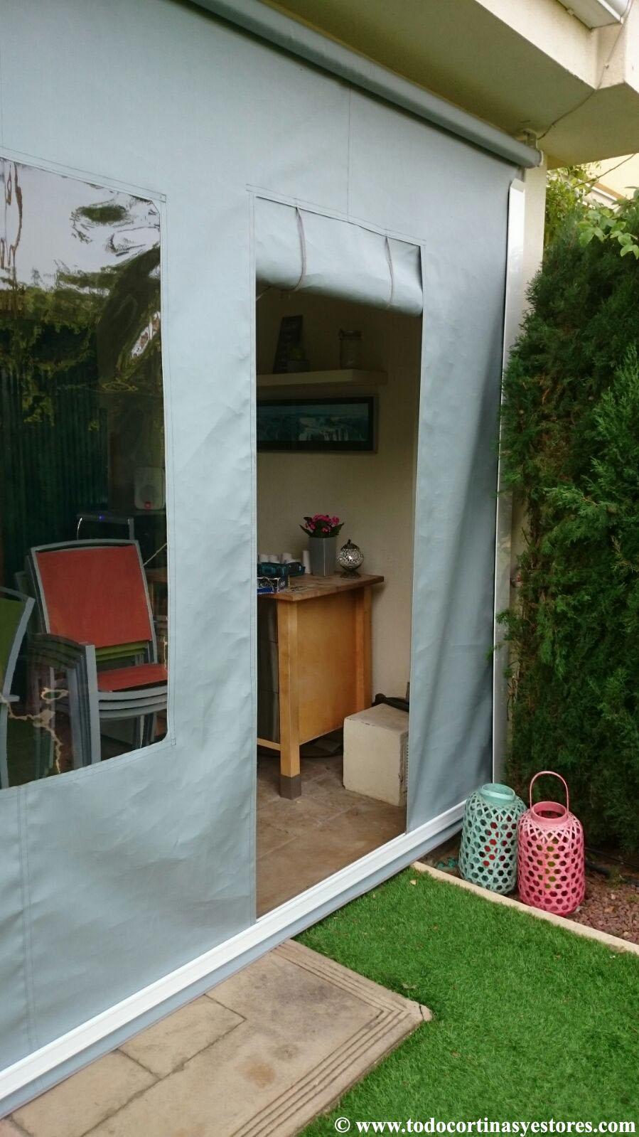 Decoracion interior cortinas verticales estores for Persianas para terrazas
