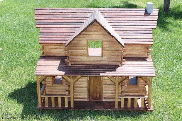 Log Cabin Dollhouse Finished