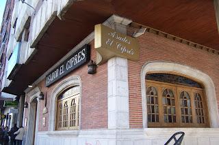 Comer bien y barato el cipr s restaurante asador en - Muebles baratos en aranda de duero ...