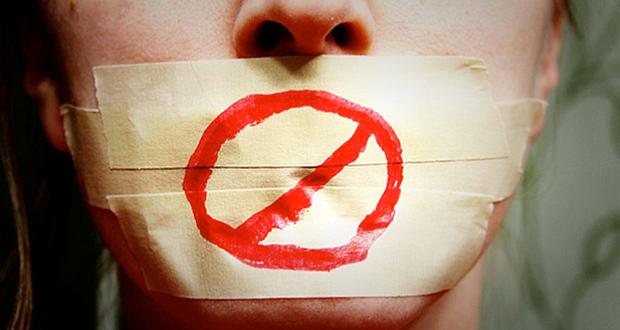 Ley Mordaza: 3.000 euros de multa para los estudiantes que protestaron contra Juncker en Salamanca