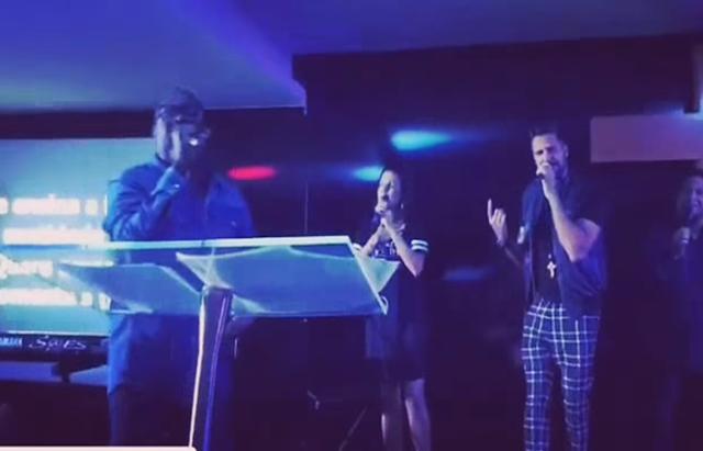 Pastor Kleber Lucas recebe cantor Latino em culto na sua Igreja Soul