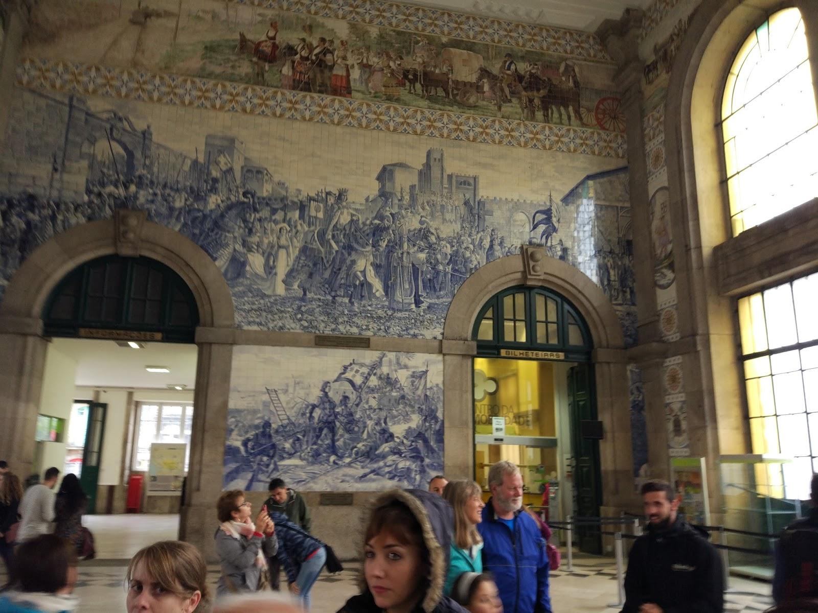 estacion_autobuses_oporto_azulejos
