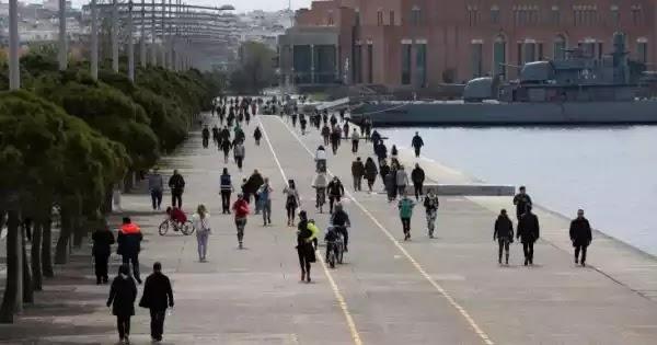 Απαγορεύθηκε 18 ώρες το 24ωρο η κίνηση στην παραλία Θεσσαλονίκης επειδή πολλοί κάτοικοι περπατούσαν αντί να τρέχουν!