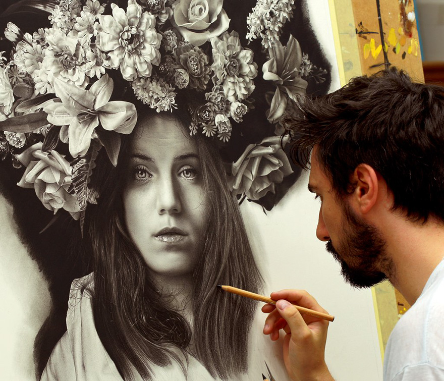 Artist Spends 100s Hours Drawing Hyperrealistic Art Using Renaissance Techniques