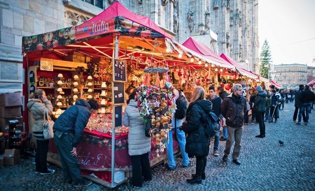 mercatini-di-natale-milano-piazza-duomo-poracci-in-viaggio