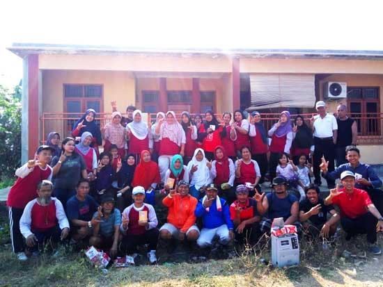 M Nurfahroji Senam Pagi Bersama Warga Rawakalong