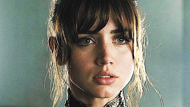 Joi (Ana de Armas) dans Blade Runner 2049