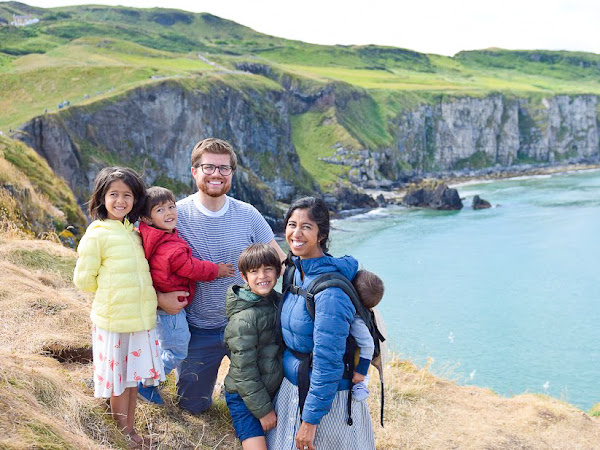 10 Tips for Asking Strangers to Take a Family Photo