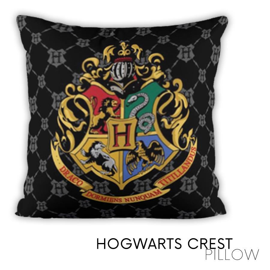 bantal hogwarts crest
