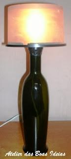 abajur com garrafa de azeite