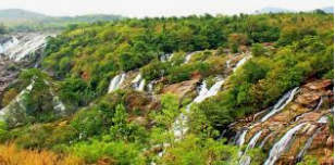 Mature Walkers - Why Is Mother Nature's Fall Stunning in Your Travel Plans?