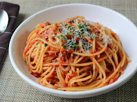 "Spaghetti Al Tonno – Nothing Fishy About This ""Meat"" Sauce"