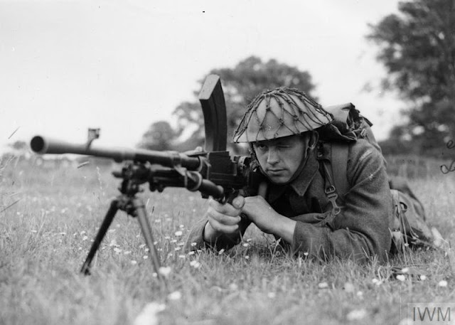 Bren gunner training 27 June 1941 worldwartwo.filminspector.com