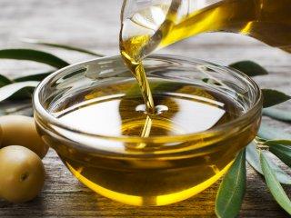 La Anmat prohibió la venta de tres aceites de oliva y uno de girasol