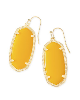 https://www.kendrascott.com/jewelry/categories/earrings/elle-gold-drop-earrings-yellow/842177019436.html