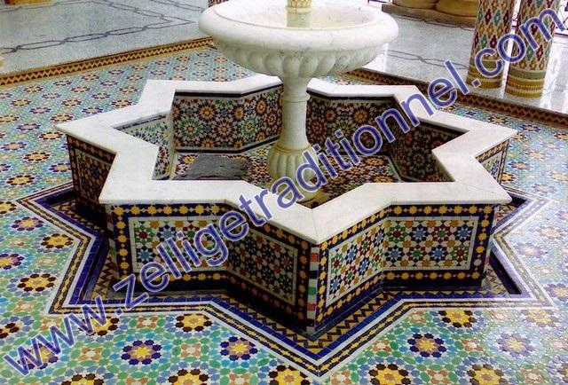 artisanat fontaine centrale avec de zellige pour votre terrace. Black Bedroom Furniture Sets. Home Design Ideas