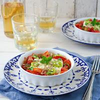http://siasoulfood.blogspot.de/2015/08/gebackener-feta-mit-tomaten-bougourdi.html
