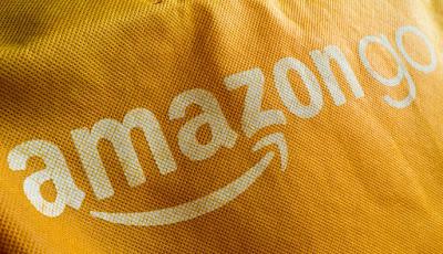 Chollos Amazon en un portátil, un móvil, un tablet, dos monitores, un ratón, unos auriculares, una RAM y un smartwatch