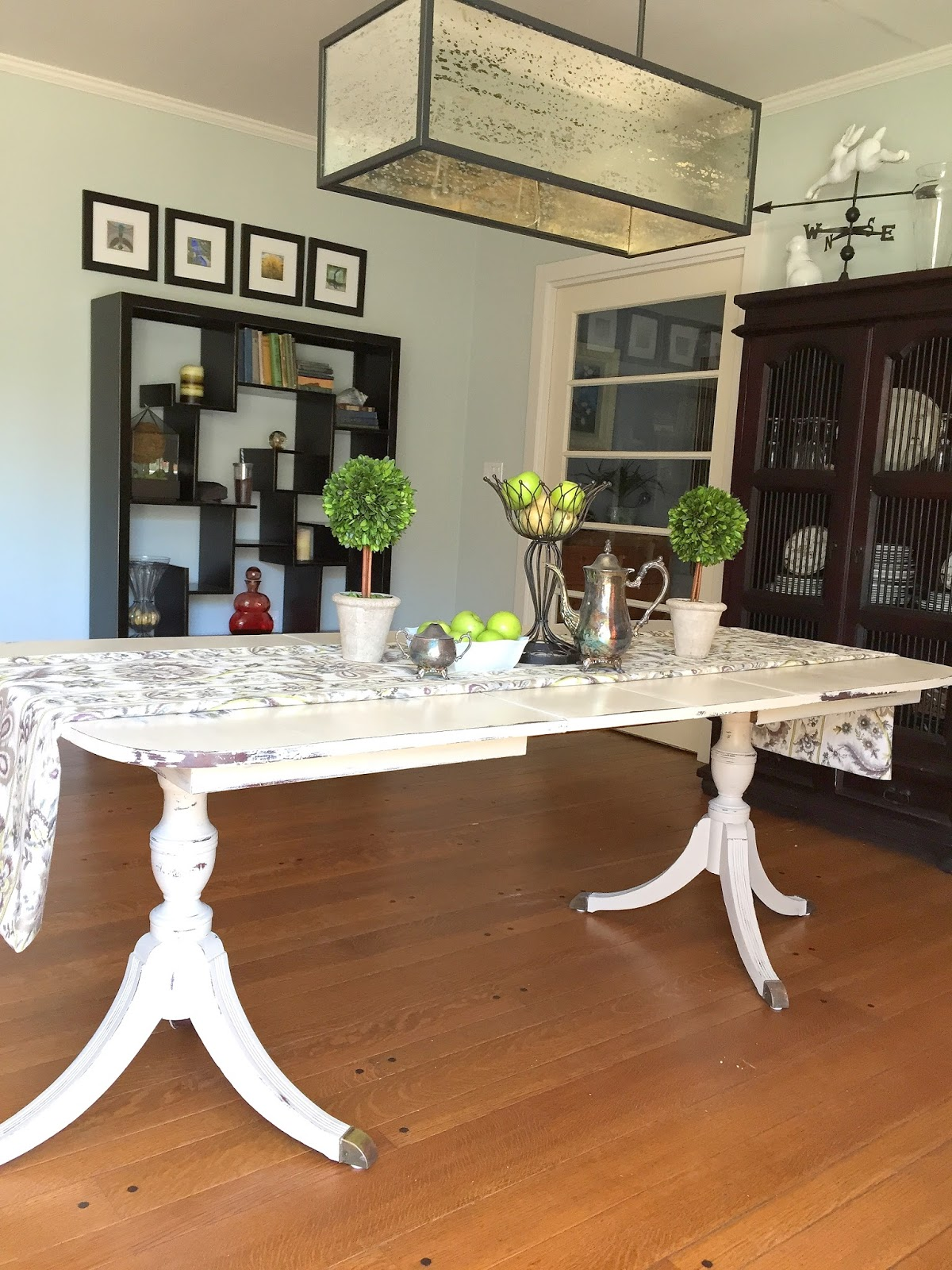 Painting A Duncan Phyfe Dining Room Table | Barnaclebutt