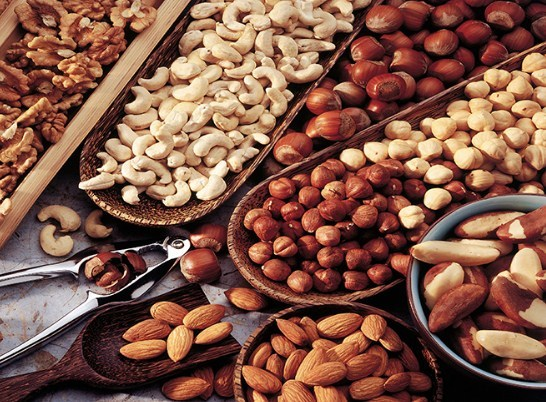 Eat Nuts Can Help Lower Cholesterol in Your Body