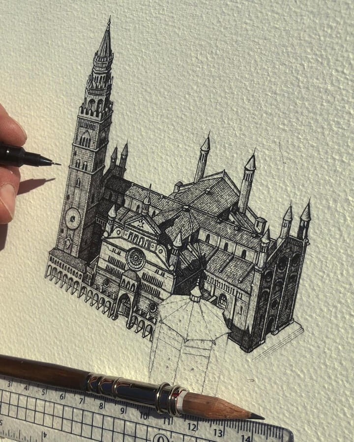 07-Cremona-Cathedral-Liam-Hipple-www-designstack-co
