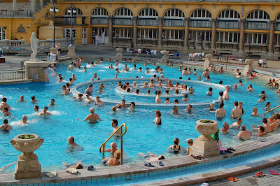Széchenyi Bath outdoor pool by day