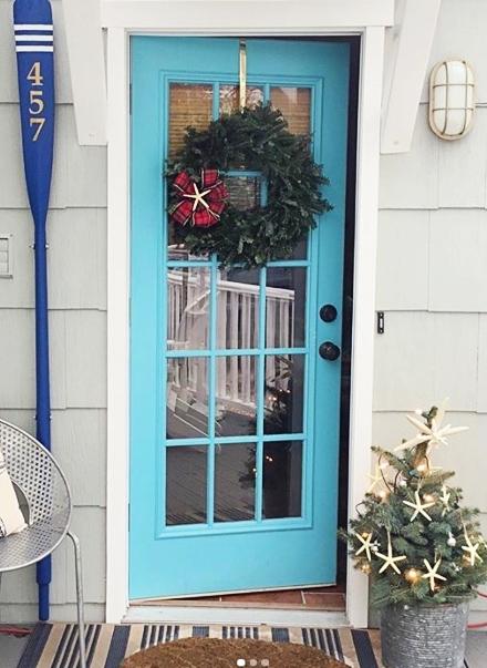 Nautical Christmas Front Entry Decor Idea