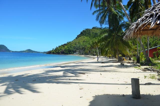 Wisata Pulau sikuai padang