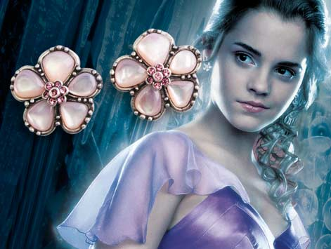 Harry Potter Movie Memorabilia: Hermione's Yule Ball Earrings
