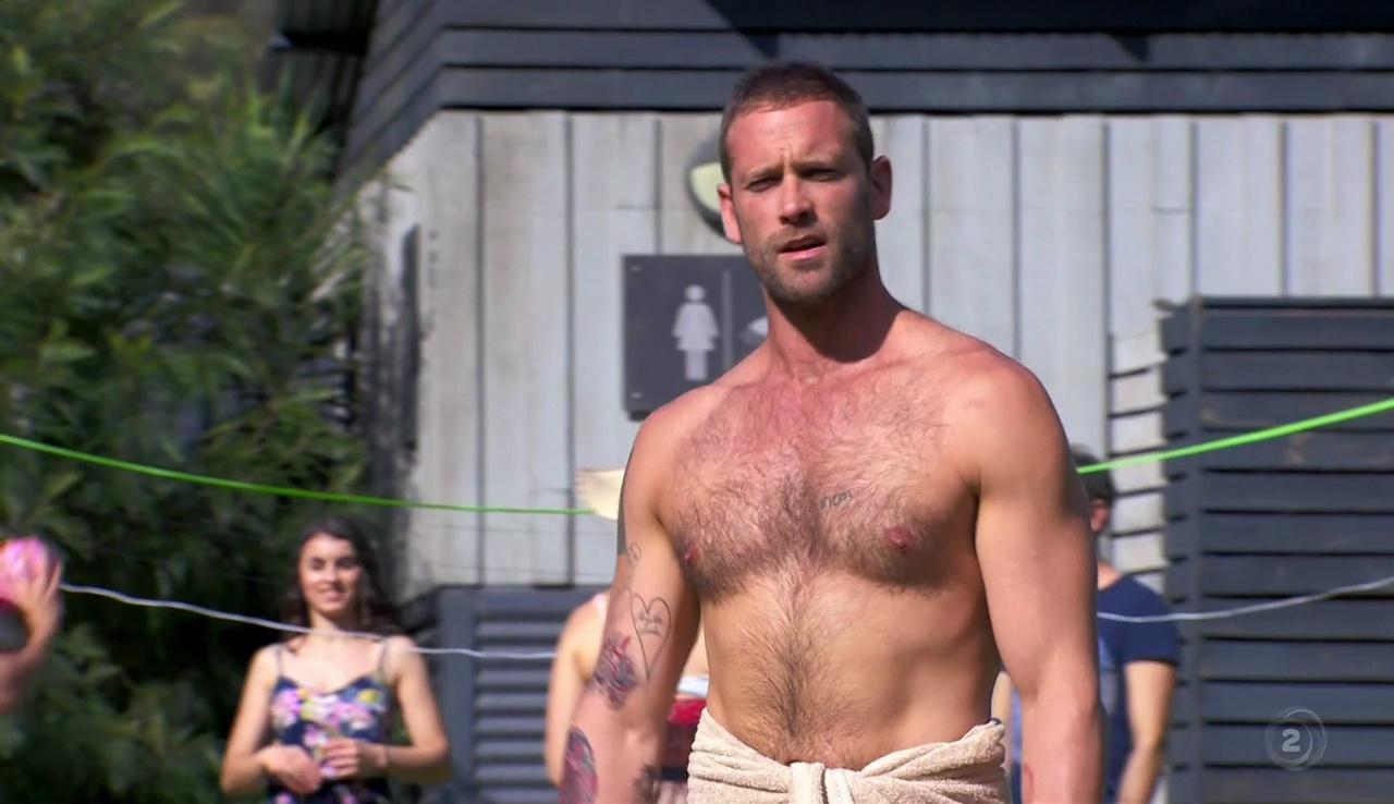 Shirtless Men On The Blog: Jake Lacy Shirtless