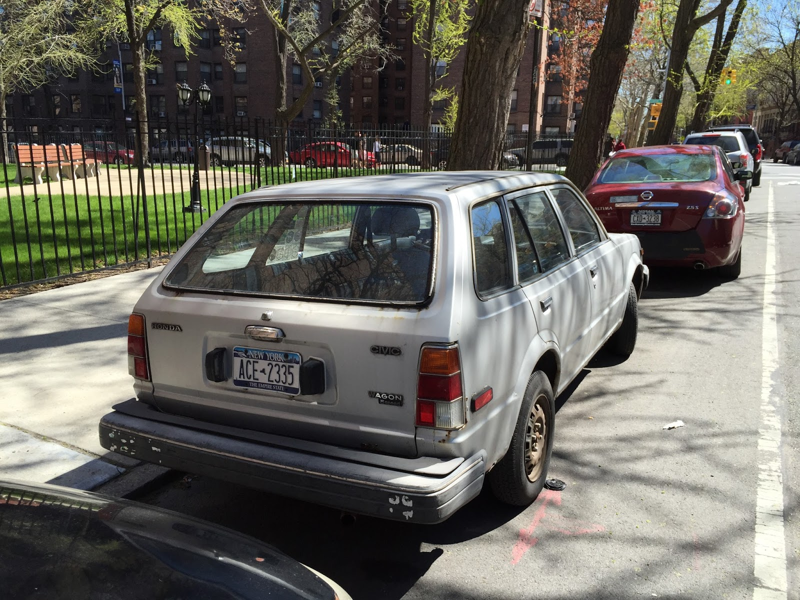 NYC Hoopties - Whips Rides Buckets Junkers and Clunkers: Somebody ...