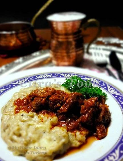 Ember-Roasted #eggplants puree with meat sauce -- #Hünkar Beğendi (Sultan's Favorite) | Çitra's Home Diary