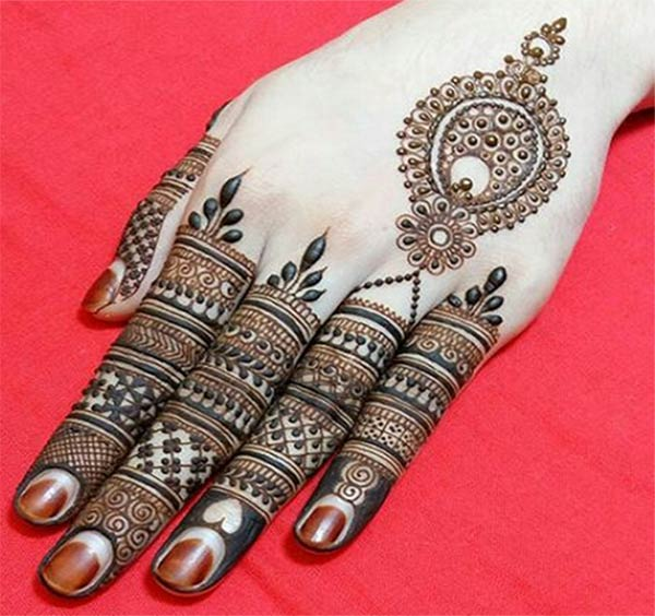 beautiful stylish finger mehndi designs