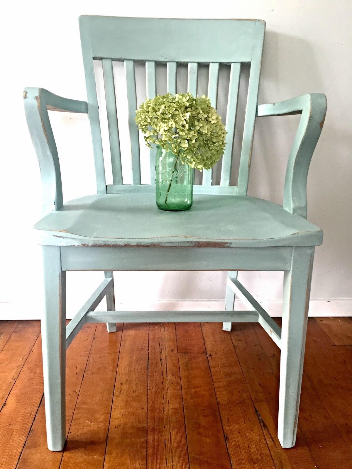 Ergonomic Chair Là Gì Black High Back Chairs D 39s Cottage And Design Transforming A Vintage