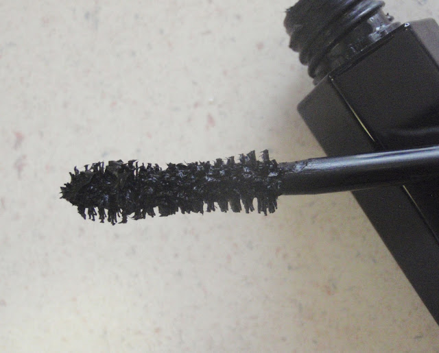 Marc Jacobs Velvet Noir Major Volume Mascara Brush
