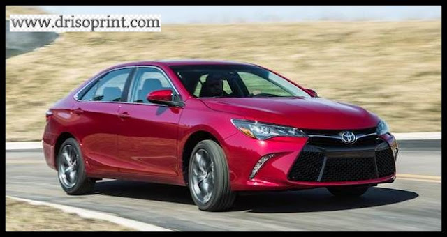 2016 Toyota Camry Front Exterior View